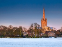 norwich-cathedral-snow